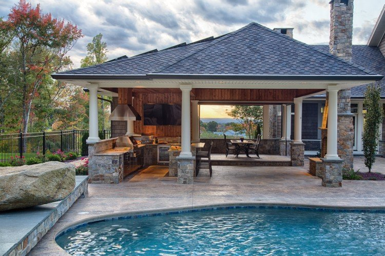 Great Poolside Kitchen