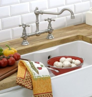 THG Paris classic old fashioned kitchen sink faucet